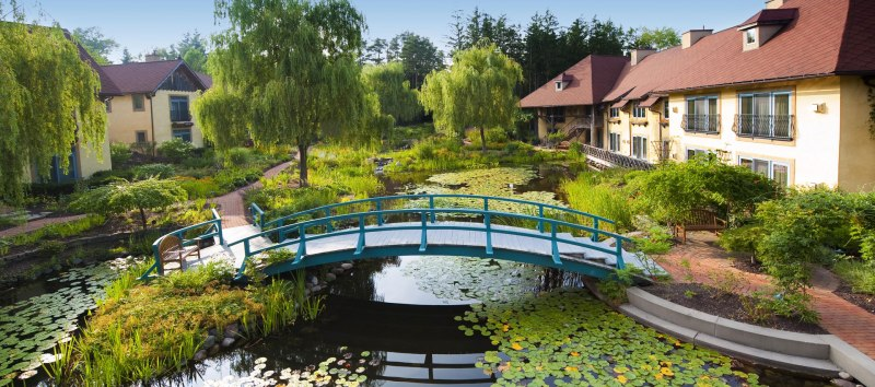 mirbeau-monet-bridge-gardens
