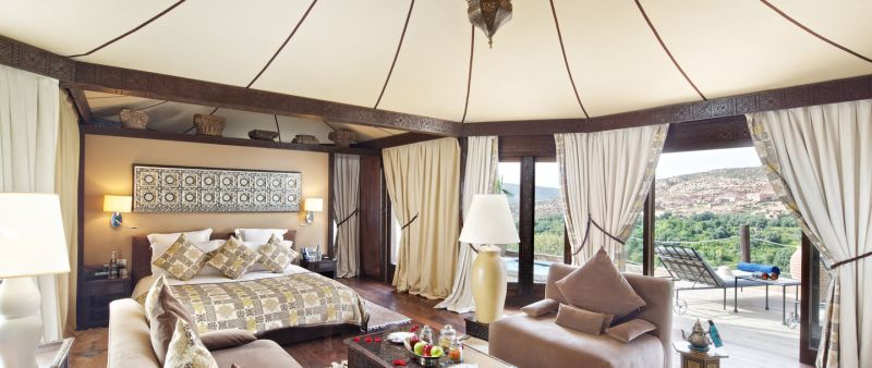 55_berber-tent-with-hot-tub